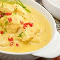 Yakhni Recipe - Succulent pieces of mutton are infused with cardamom, cinnamon, bay leaves and a host of other Kashmiri flavours and balanced out in a thick yogurt based gravy.