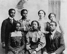 Black students from Roger Williams University in Nashville (1899)