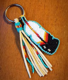 off loom beading stitches Native Beading Patterns, Beadwork Designs, Beaded Earrings Patterns, Bead Loom Patterns, Indian Beadwork, Native Beadwork, Seed Bead Crafts, Beaded Moccasins, Native American Beading