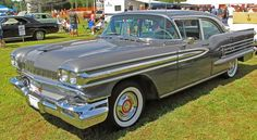 The magnificent 1958 Oldsmobile Super 88!!! (courtesy of fotos.org)