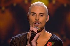 Rylan Clark wearing Bonnie Bling 'Rylan' knuckleduster on XFactor. Rylan Clark, Strictly Come Dancing, Celebrity Pictures, Bling, Celebrities, Wall, How To Wear, Fashion, Moda