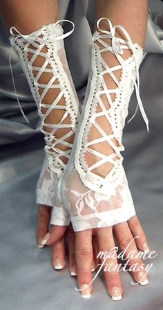 Sexy lacy gloves