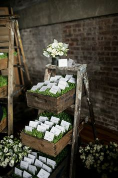 Chic Red Hook Brooklyn Liberty Warehouse Wedding Filled With Billowy Blooms Chic Wedding, Wedding Trends, Wedding Ideas, Trendy Wedding, Spring Wedding, Wedding Decor, Wedding Stuff, Wedding Vintage, Wedding Table