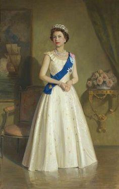 A formal portrait of Queen Elizabeth wearing the pearl version of the Vlad tiara