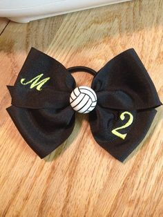 Hair bow I made with embroidered players initial and number with volleyball center. Volleyball Hair Bows, Volleyball Memes, Volleyball Hairstyles, Volleyball Outfits, Volleyball Gifts, Beach Volleyball, Libero Volleyball, Volleyball Ideas, Volleyball Accessories