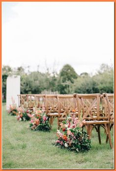 Today we're talking wedding ceremonies and sharing with you floral ceremony ideas, inspiration for your big day. It can be a little overwhelming Wedding Aisles, Wedding Walkway, Indoor Wedding Ceremonies, Wedding Ceremony Decorations, Wedding Chairs, Outdoor Ceremony, Wedding Backdrops, Church Decorations, Garden Wedding