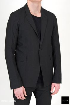 A 09 BLACK Polyester Nylon Spandex Back lining Viscose Cupro Sleeves lining Cupro - Front lining Cotton Buttons Corozo Rick Owens - Walrus - Made in Italy Model is wearing size He is chest Cyclops, Rick Owens, Suit Jacket, Blazer, Sleeves, How To Wear, Cotton, Jackets, Fashion