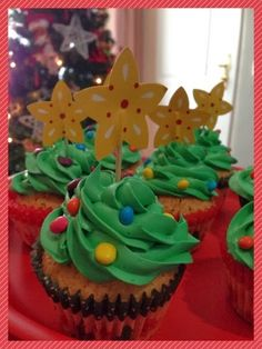 tarde de hadas: Cup cakes Arboles de navidad