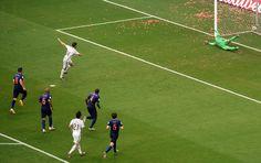 Xabi Alonso's penalty kick