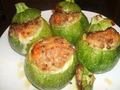 Zucchine+tonde+ripiene+di+carne