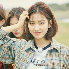 South Korean Girls, Korean Girl Groups, Lee Seo Yeon, K Idol, Korean Actresses, Mamamoo, Hair Today, How To Relieve Stress, Kpop Girls