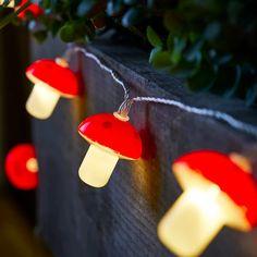 20 Mushroom Solar Fairy Lights | Lights4fun.co.uk Solar Garden Lanterns, Solar Fairy Lights, Alice In Wonderland Bedding, Mushroom Lights, Lighting Uk, White Lead, Winter Day, Garden Accessories, Led