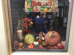 Thanksgiving window display