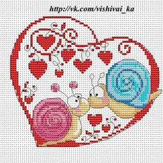 Cross-stitch Snails in Love. no color chart available, just use the pattern chart as your color guide. or choose your own colors. a punto croce Cross Stitch Boards, Cross Stitch Heart, Cross Stitch Animals, Counted Cross Stitch Patterns, Cross Stitch Designs, Cross Stitch Embroidery, Embroidery Patterns, Christmas Cross, Le Point