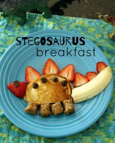 Kid-Friendly Stegosaurus Breakfast Fun stegosaurus pancake breakfast for kids.Fun stegosaurus pancake breakfast for kids. Cute Food, Good Food, Yummy Food, Breakfast Pancakes, Best Breakfast, Healthy Kids Breakfast, Breakfast Plate, Kids Breakfast Recipes, Healthy Kid Meals
