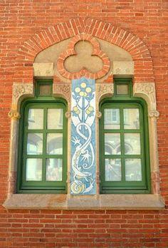 A Jurubeba Cultural:  ● A Arte... e a janela. (Barcelona, Espanha).