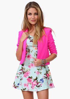 Cute floral dress.
