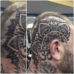 Better shots of @robertulman 's head from last night. @rockofagestattoo by thomas__hooper