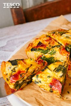 Make a spicy chorizo and spinach frittata for an easy midweek meal, then pack the leftovers up for lunch. Filled with potatoes and topped with melting cheese, this is a handy wallet-friendly recipe. Potato Frittata, Spinach Frittata, Frittata Recipes, Chorizo Frittata, Chorizo And Potato, Potato Rice, Tesco Real Food, Midweek Meals, Different Recipes