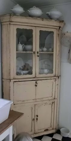 The perfect hutch - right on trend ...