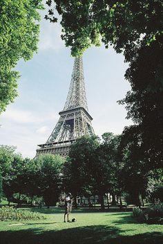 The Eiffel Tower / photo by Tuan Minh Pham