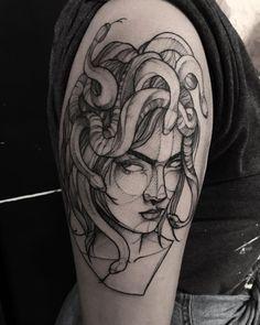 Tatuagem criada por Ricardo da Maia de Curitiba.  Medusa.