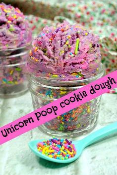 Super netter Unicorn Poop-Plätzchenteig - Cooking with Kids - Essen Cookie Dough Recipes, Edible Cookie Dough, Unicorn Poop Cookies, Yummy Treats, Sweet Treats, Easy Homemade Gifts, Unicorn Foods, Edible Cookies, Frugal Family