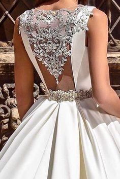 Fall In Love With These Fantastic Details Of Bridal Dresses Wedding dress details make gowns more stunning and unique. Stunning Wedding Dresses, Dream Wedding Dresses, Beautiful Gowns, Bridal Dresses, Wedding Gowns, Prom Dresses, Fall Wedding, Extravagant Wedding Dresses, Rustic Wedding