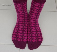 Ravelry: Project Gallery for Swedish Fish Socks pattern by SpillyJane