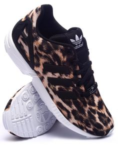 Adidas Girls Zx Flux Cheetah K Sneakers Adidas Bags, Adidas Shoes, Heeled Boots, Shoe Boots, Shoes Heels, Motif Leopard, Leopard Prints, Leopard Print Adidas, Cheetah Print Shoes