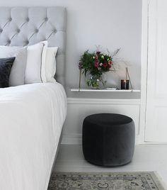 Cosy Bedroom, Bedroom Inspo, Dream Bedroom, Bedroom Decor, Dark Grey Carpet Bedroom, Beautiful Bedrooms, New Room, Cozy House, Room Inspiration