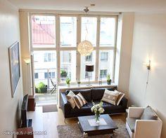 Loft living room / Loft-olohuone