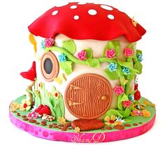 Toadstool House Cake by ~Très Chic Cupcakes by Shams Pretty Cakes, Cute Cakes, Beautiful Cakes, Amazing Cakes, Fondant Cakes, Cupcake Cakes, Fairy House Cake, Mushroom Cake, Mushroom House