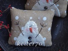 Two Primitive Christmas Holiday Burlap Snowman Pillow Ornies Bowl Fillers by keiter70 on Etsy https://www.etsy.com/listing/217641532/two-primitive-christmas-holiday-burlap