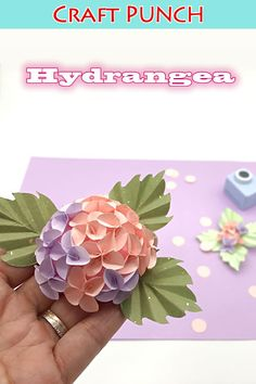 Paper Christmas Ornaments, Diy And Crafts, Paper Crafts, Craft Punches, Gardening For Beginners, Paper Flowers, Crafty, Birthday, Handmade