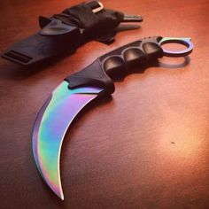 The United Cutlery Titanium Rainbow Honshu Karambit will be available very soon! Preorder Yours Today!