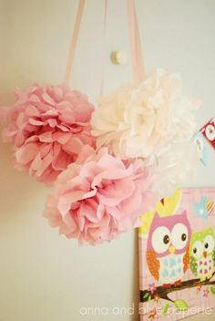 {diy tutorial} Tissue Paper Pom Poms