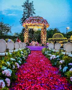 Destination Wedding Decor, Desi Wedding Decor, Wedding Hall Decorations, Luxury Wedding Decor, Engagement Decorations, Wedding Mandap, Marriage Decoration, Wedding Ideas, Floral Wedding