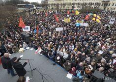 Tisíce ľudí požadovali, aby sa petrohradský chrám nevrátil cirkvi - Zahraničie - TERAZ.sk
