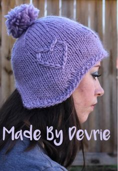 Perfect knitted hat for beginner knitters. Love the chunky roving yarn! With this knitting pattern, you can make one in every color.