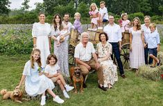 Victoria Prince, Princess Victoria Of Sweden, Crown Princess Victoria, Princess Sofia, Anastasia Romanov, Swedish Royalty, Prince Carl Philip, Cotton Long Dress, First Daughter