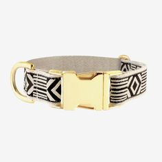 Our Out of My Box pattern in cream and black is for all of our extraordinary pups who think outside the box and march to the beat of their own drums! All of our collars feature our signature hemp webbing, patterned ribbon, and lightweight brass hardware. They are durable and clean easily in the washing machine.