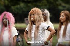 Гангуро http://miuki.info/2010/09/ganguro/