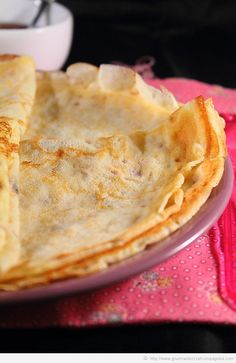 crêpes recette pierre hermé3 Base, Yummy Eats, Crepes, Sweet Tooth, Sweet Treats, Food Porn, Brunch, Food And Drink, Cooking Recipes