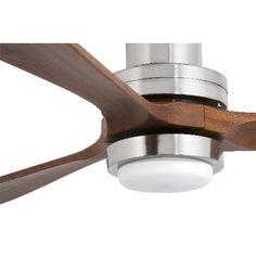 Ventilador Lantau G de la marca Faro, inspirado en la hélice de un avión.
