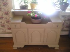 Dry Sink painted with BM and Webster's Chalk Paint SOLD