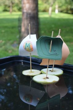Apple boats - a fun activity for Autumn combining crafting, science and play. - Fall pre-k - Apple boats – a fun activity for Autumn combining crafting, science and play. Forest School Activities, Pirate Activities, Apple Activities, Outdoor Activities For Kids, Outdoor Learning, Summer Activities, Preschool Activities, Autumn Eyfs Activities, Nursery Activities Eyfs