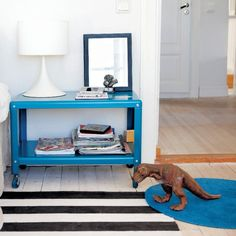PS 2012 Coffee table as a bedside table - basement? only avail in red and white.