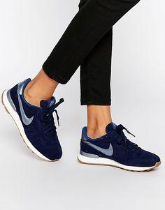4e09cecfa31d Image 1 of Nike Navy Internationalist Premium Trainers Baskets Bleu Marine
