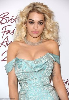Rita Ora just snatched a movie role out of Rihanna's grasp.VIDEO: Rita Ora Goes Halloween Shopping With GlobalGrind! British Fashion Awards, Divas, Jennifer Lopez, Denny Rose, Celebrity Hairstyles, Sensual, American Actress, Celebrity Style, Celebs